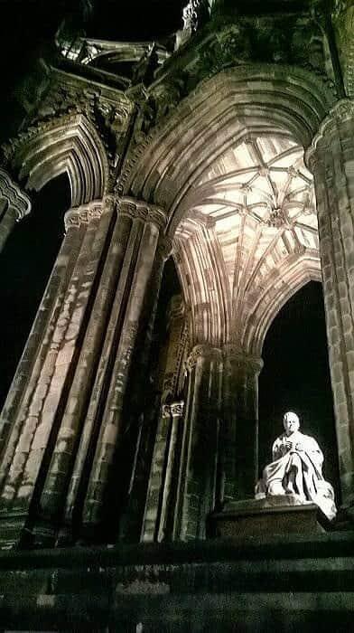 The Scott Monument at night
